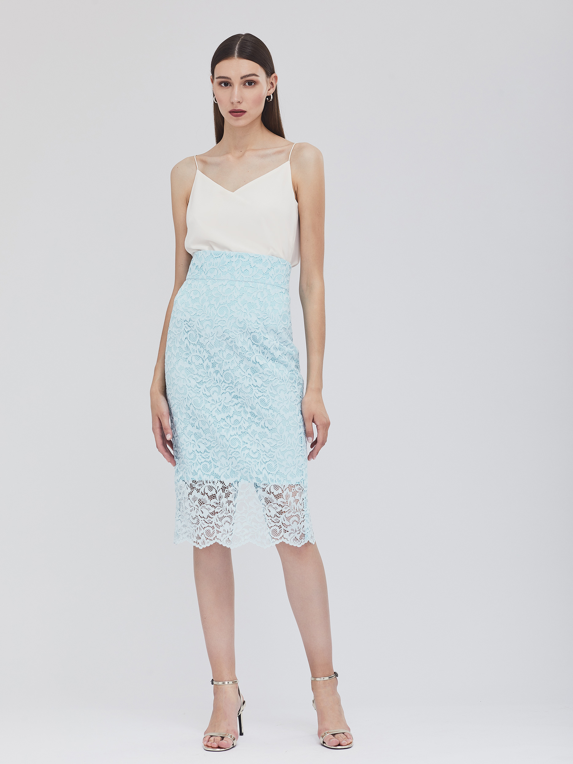 Кружевная юбка с разрезом сзади фото