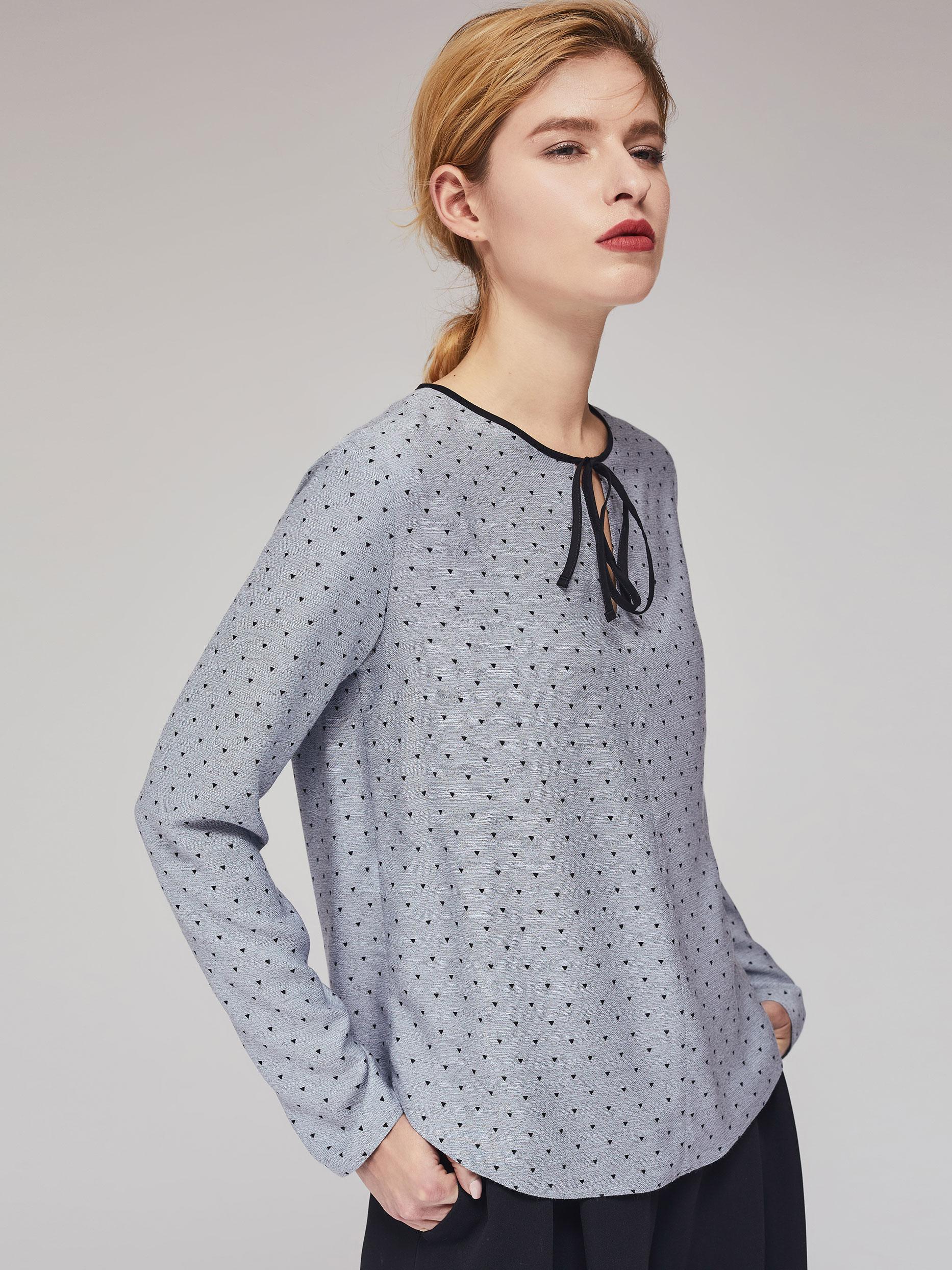 Блуза с бантом фото