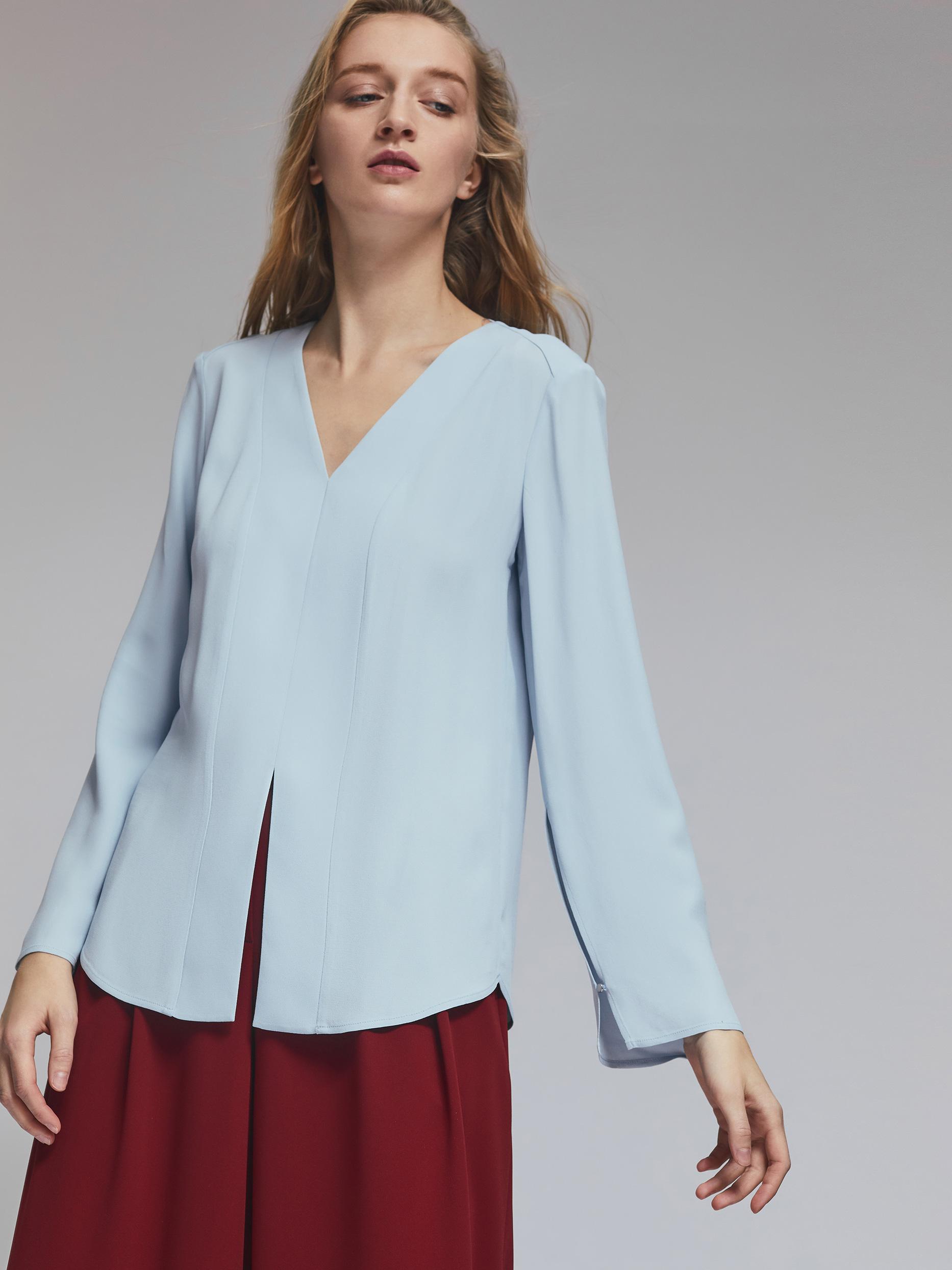 Блуза с разрезом фото