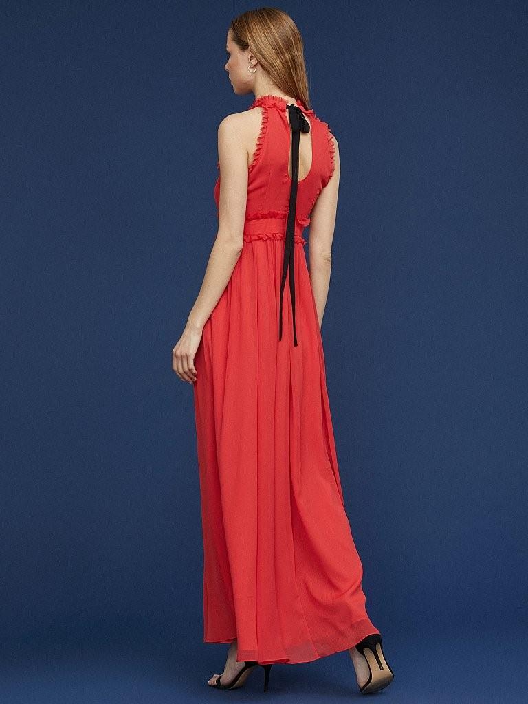 Красное платье Charuel длины макси