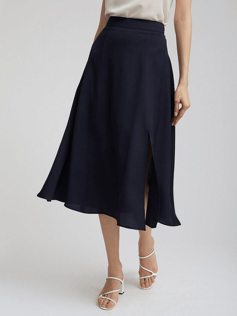 Струящаяся черная юбка Charuel с разрезом
